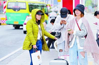 重阳节恰遇返程高峰 武汉凉爽无雨利于出行